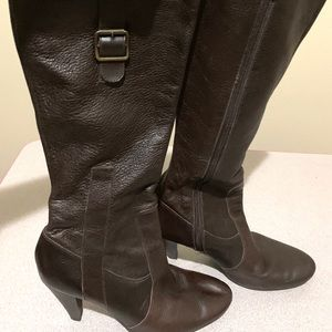 Antonio Melani brown leather boots